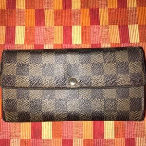 Authentic LOUIS VUITTON Damier Brown Long Wallet